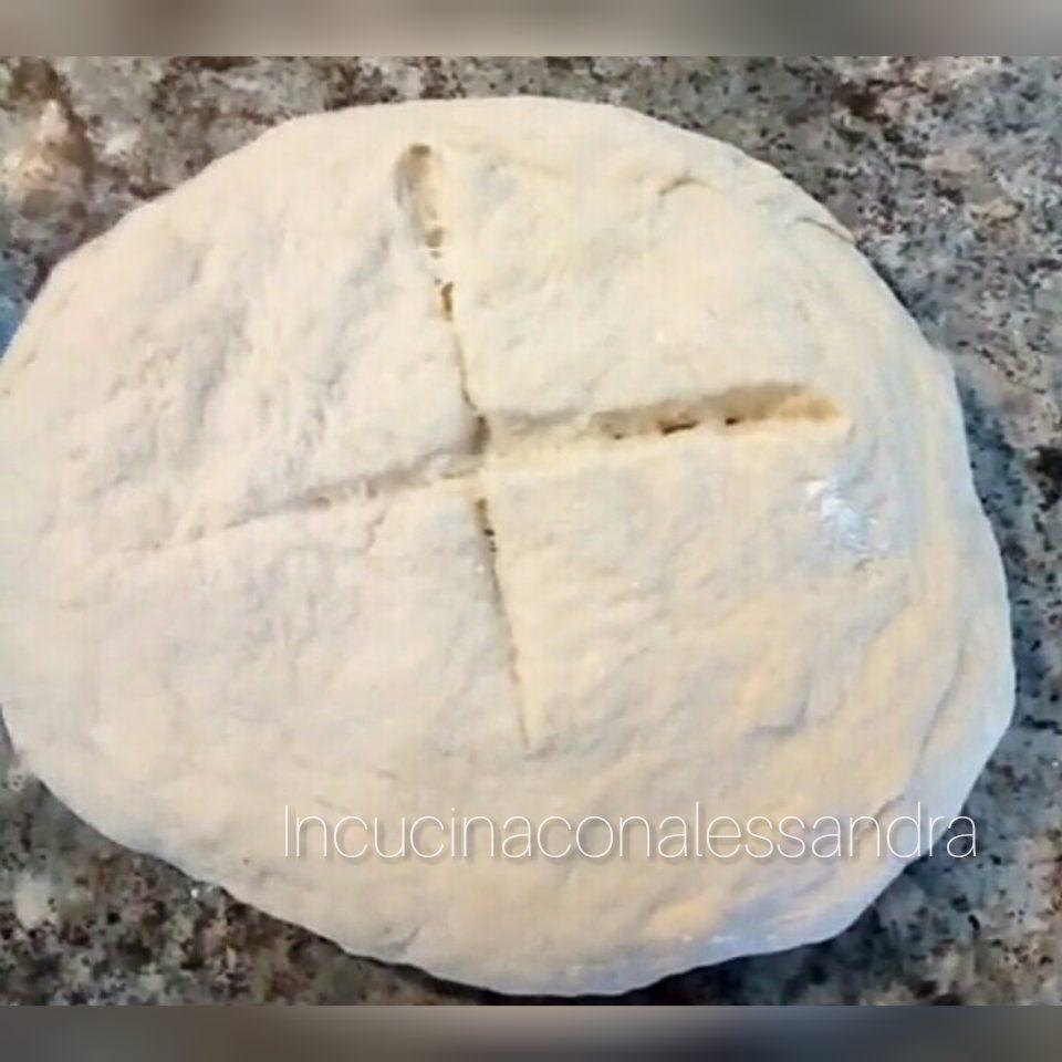 Ricetta Impasto Pizza Digeribile.Pasta Per La Pizza Impasto Piu Digeribile Solo 3g Di Lievito Incucinaconalessandra