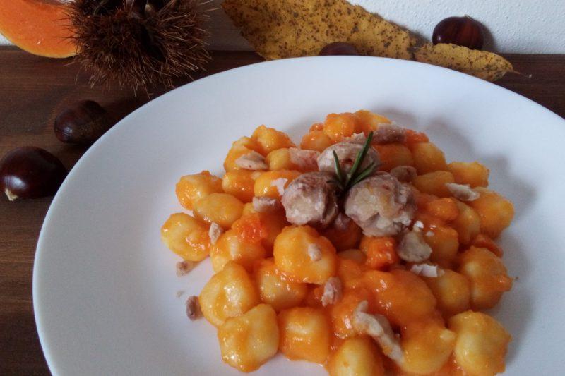 Gnocchetti alla crema di zucca e castagne e curcuma