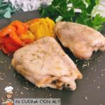 Pollo con peperoni arrostiti in friggitrice ad aria