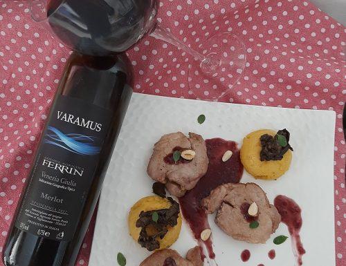 Filetto con riduzione di Merlot, mezzelune di polenta e funghi porcini trifolati