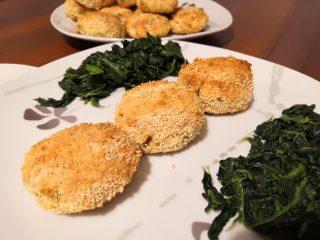 Polpette di pesce e patate al forno