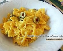 Pasta con philadelphia, zafferano e olive