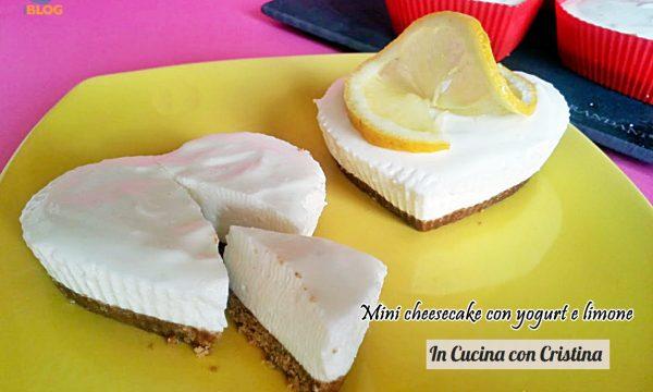 Dolci veloci: mini cheesecake con yogurt e limone