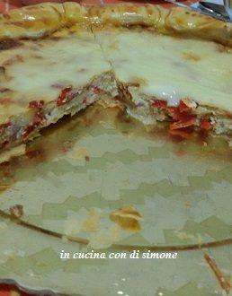Rustico di pasta sfoglia con ricotta e peperoni