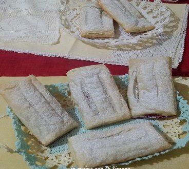 Fazzoletti di pasta sfoglia dolci