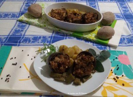 Carciofi ripieni di tonno con patate al forno
