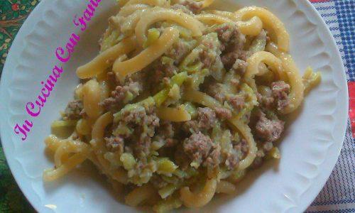 Spaccarella Con Carne Macinata E Cavolfiore