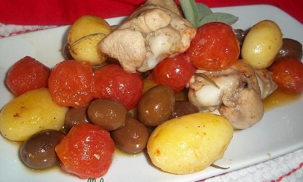 POLLO AL VINO BIANCO con verdure e olive
