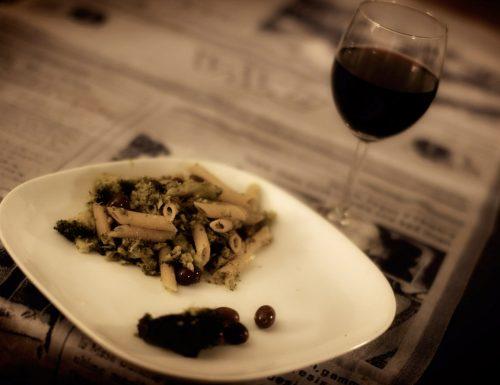 Pennette integrali ai broccoletti e olive
