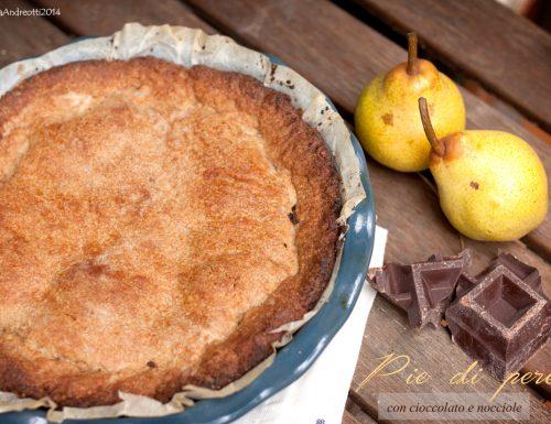 Pie di pere al farro con cioccolato e nocciole, senza burro né uova