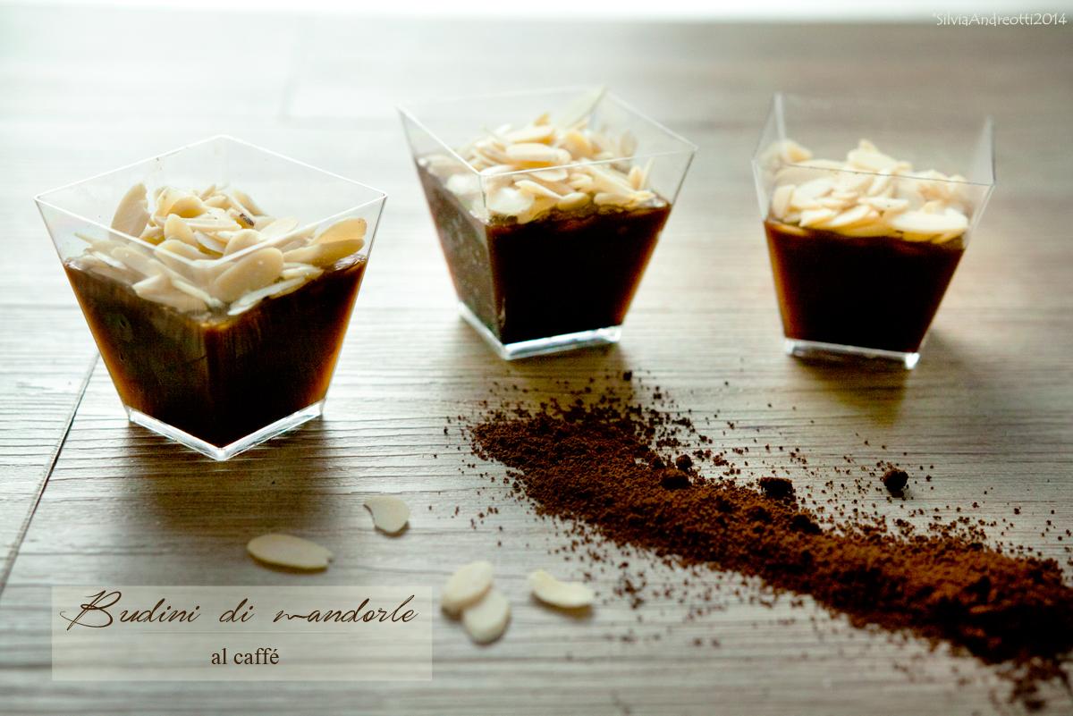 budini di mandorle al caffé