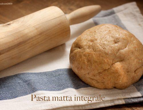 Pasta matta integrale, come sostituire la pasta sfoglia pronta con un più salutare prodotto fai-da-te