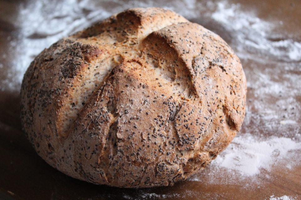 pane integrale con semi di chia