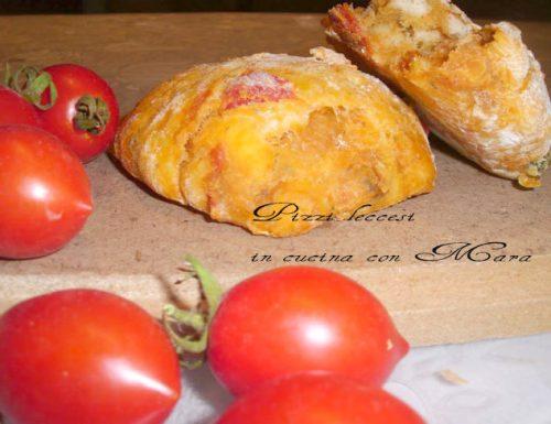 Pizzi leccesi, ricetta lievitati