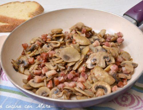 Padellata di funghi e pancetta