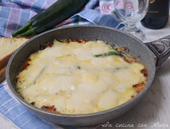 Parmigiana bianca di zucchine in padella