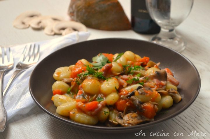 Gnocchi Zucca Funghi e Pancetta