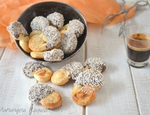 Ventagli di sfoglia cioccolato e cocco