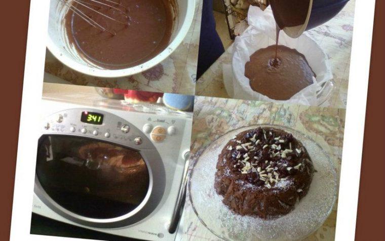 TORTA AL CACAO 6 MINUTI, ricetta veloce