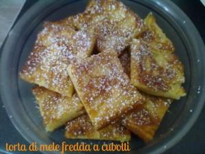 torta di mele fredda a cubotti