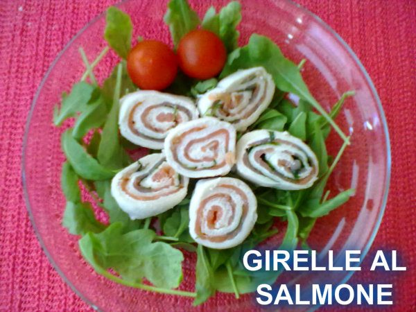 GIRELLE AL SALMONE, ricetta finger-food