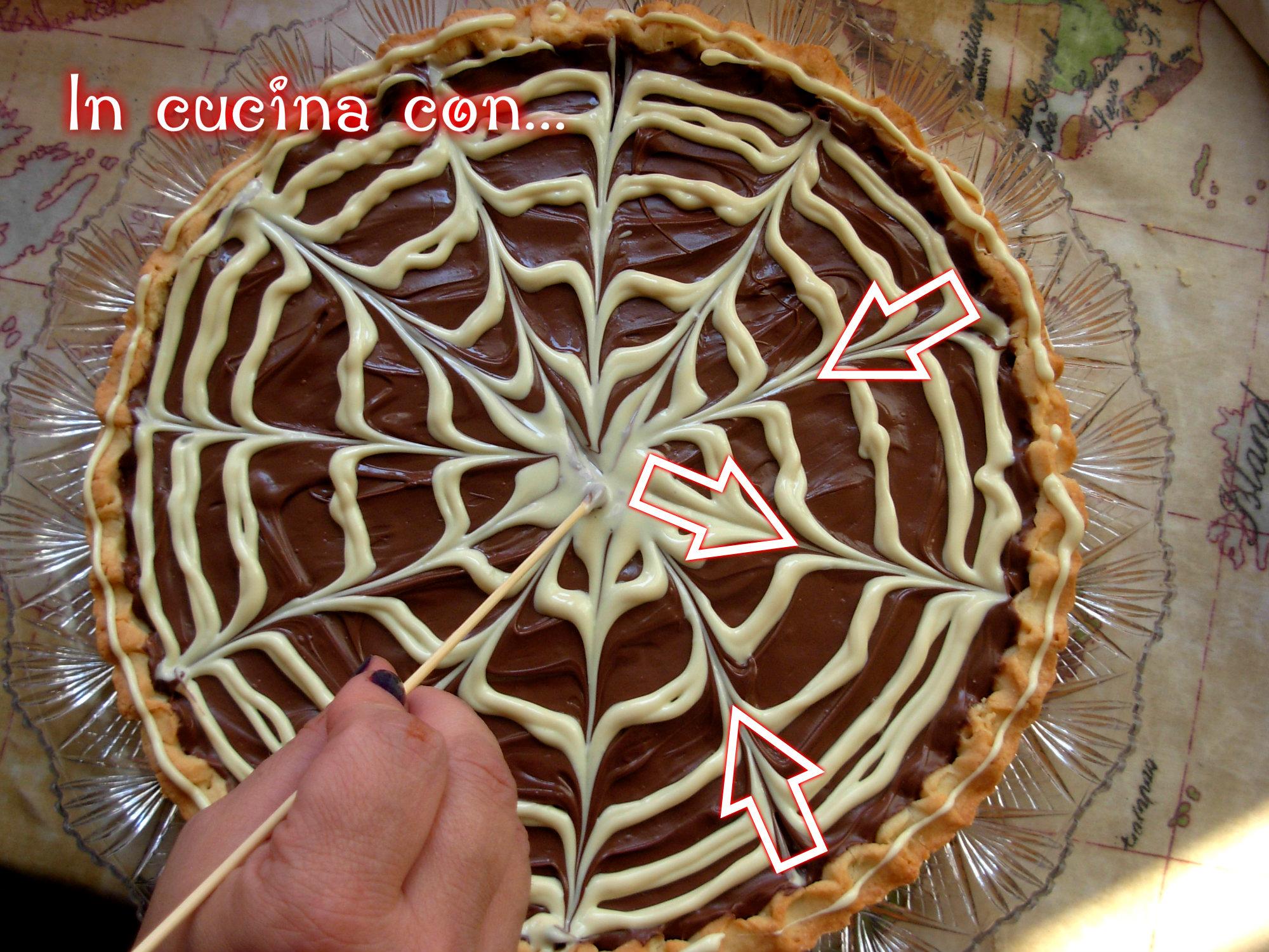 Crostata Con Nutella E Cioccolato Bianco In Cucina Con