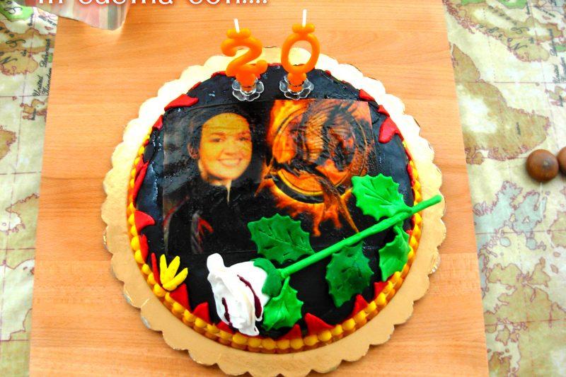 TORTA HUNGER GAMES, decorazione torte