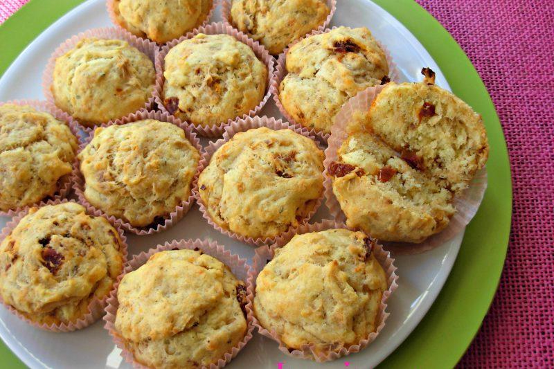 Muffin al tonno e pomodori secchi