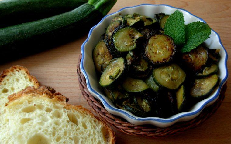 Zucchine trifolate, ricetta light