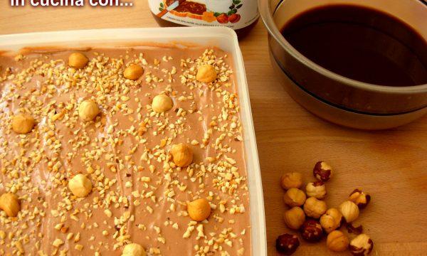 TIRAMISU' CON NUTELLA E PANNA, ricetta dolci