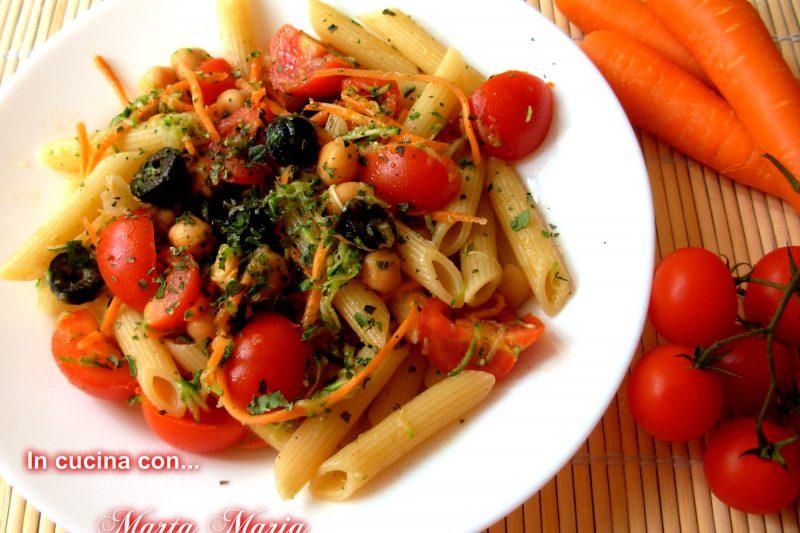 Pasta fredda con ceci e verdure