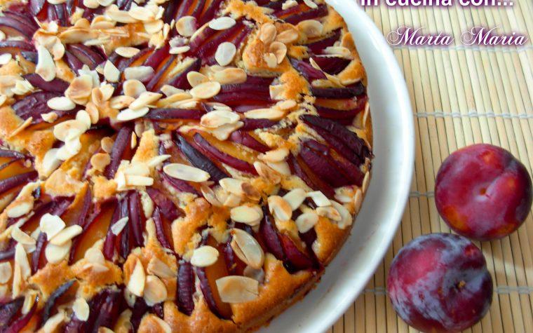 Torta di prugne e mandorle, ricetta facile