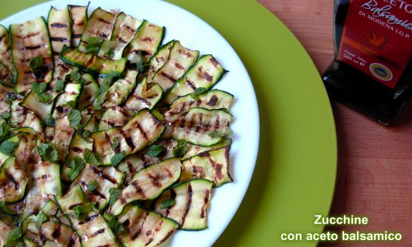 Zucchine con aceto balsamico e menta
