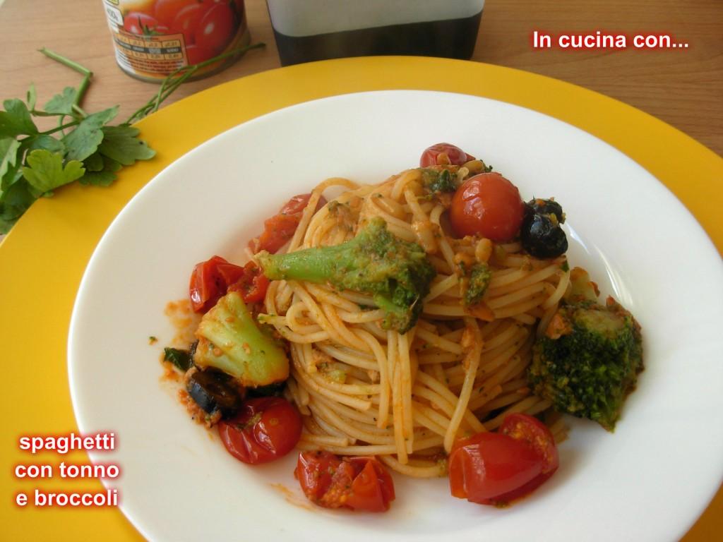 spaghetti con tonno e broccoli