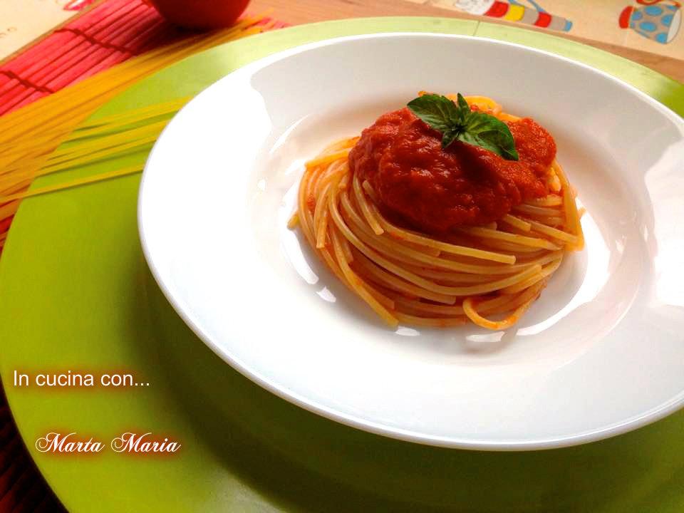 spaghetti al pomodoro 2