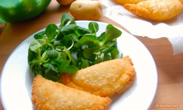 Fagottini con patate e mozzarella