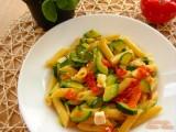 penne zucchine e peperoni