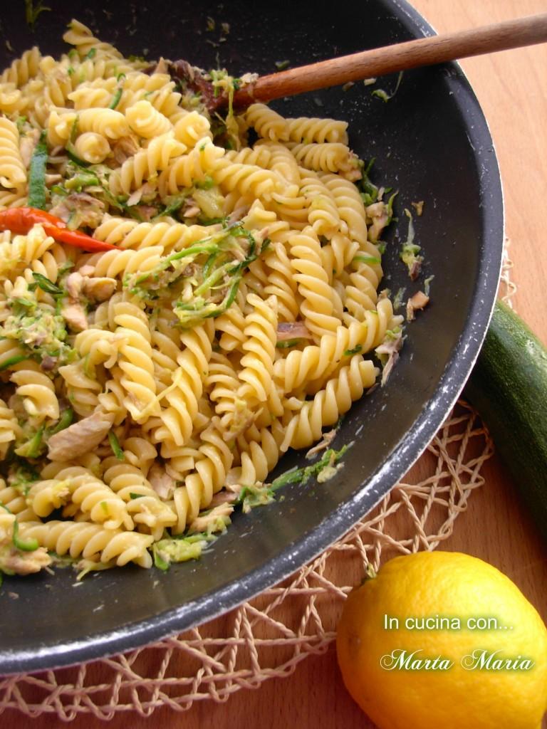 sgombro e zucchine