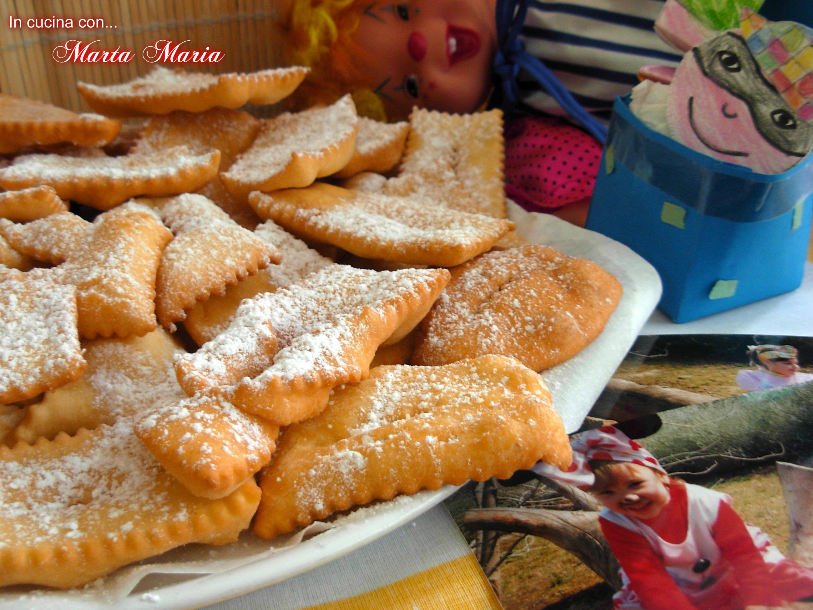 CHIACCHIERE o FRAPPE, ricetta carnevale