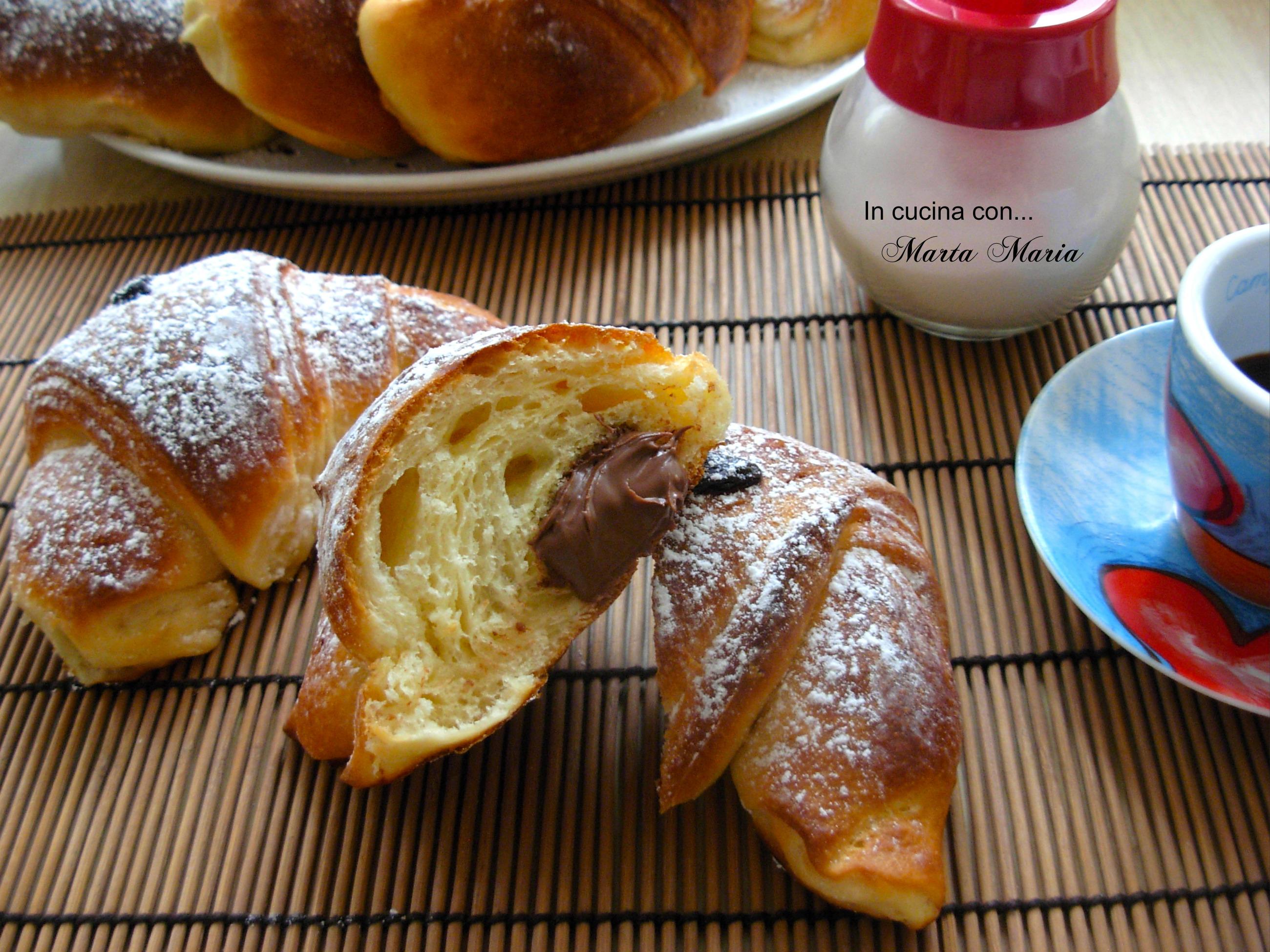 Torta soffice alla marmellata - In Cucina con ... Marta Maria