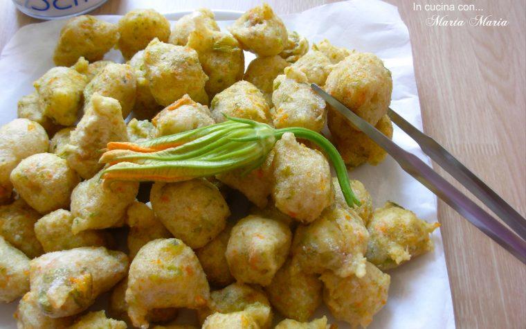 Frittelle con fiori di zucca, ricetta con e senza Bimby