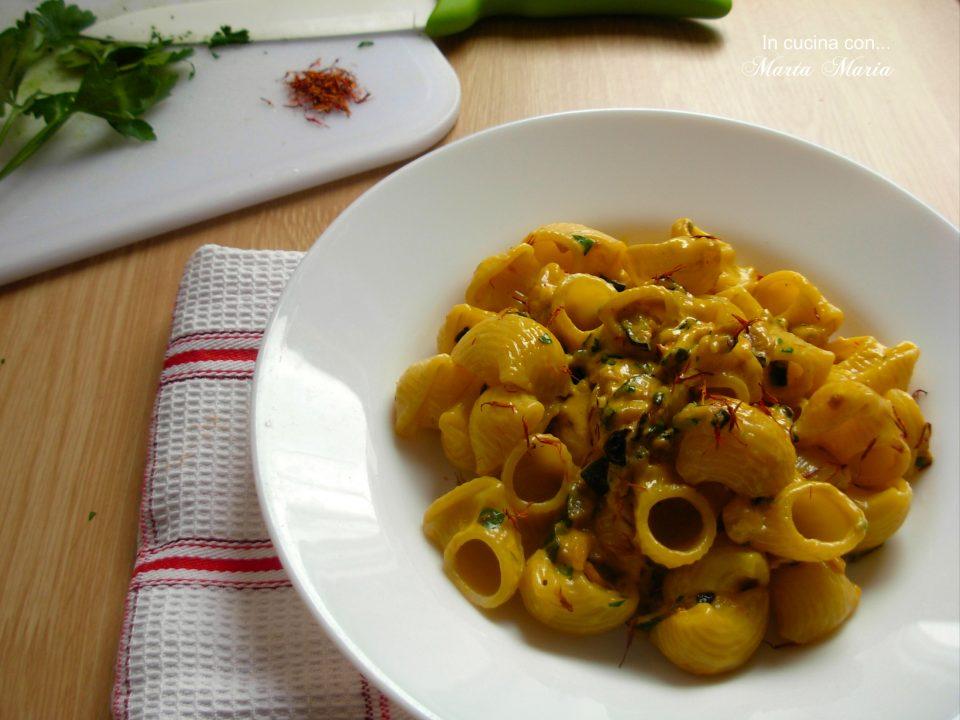 pasta-con-zucchine-e-zafferano