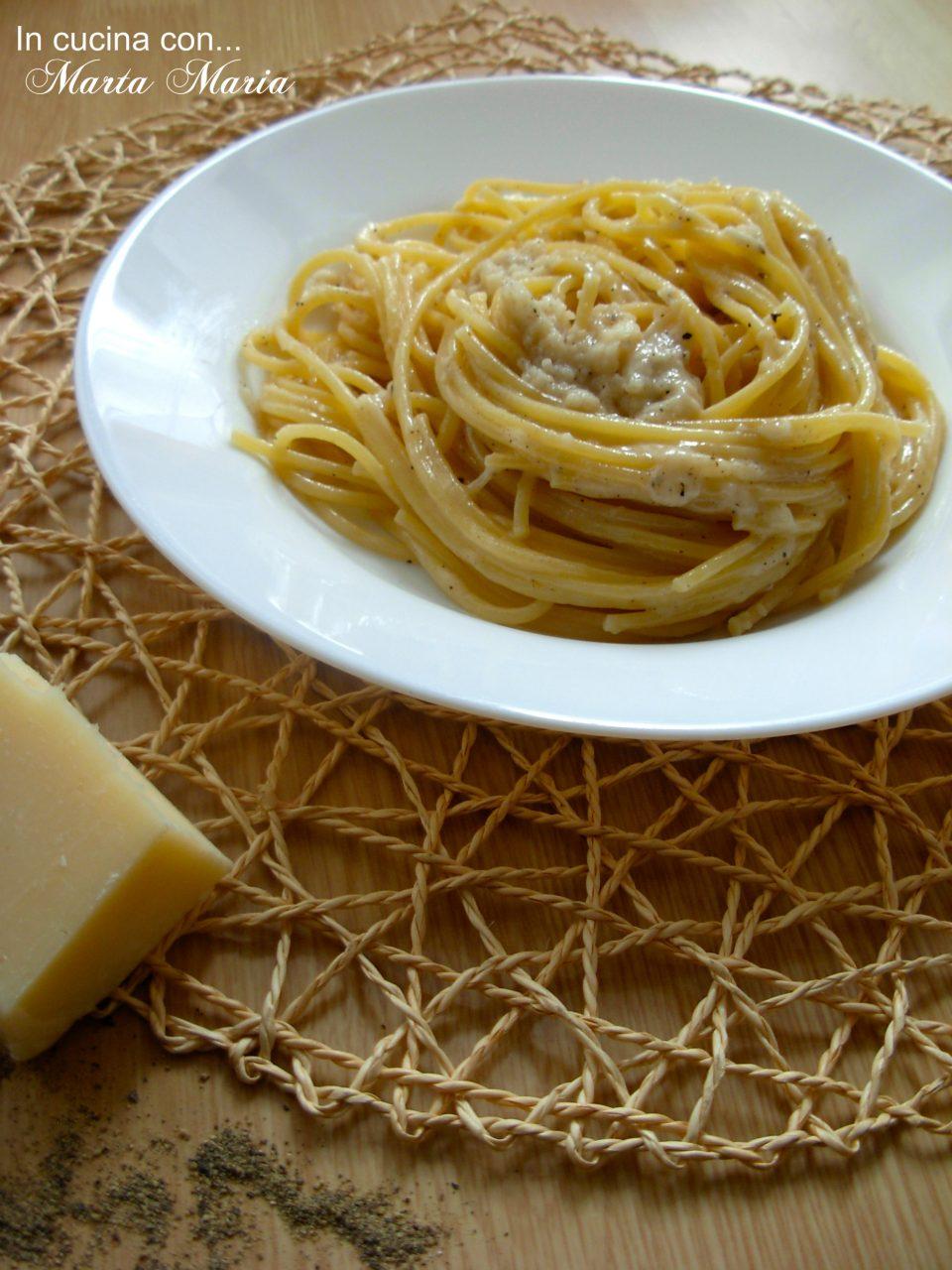 spaghetti-cacio-e-pepe-1