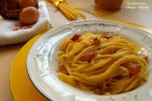 Spaghetti con salsa alla carbonara