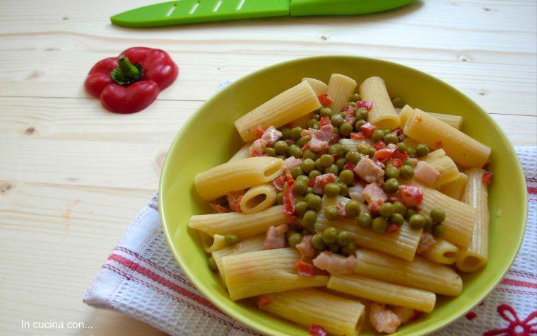 Maccheroni verdi e rossi, ricetta facile