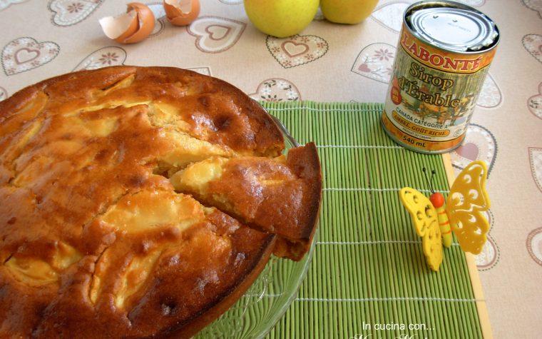 Cake alle mele e sciroppo d'acero