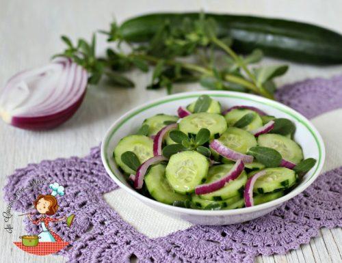 Cetrioli portulaca in insalata