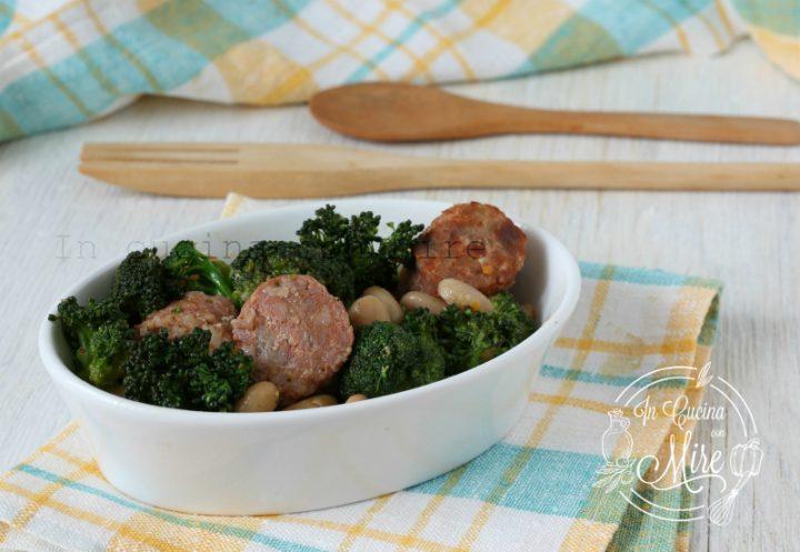 Broccoli e salsiccia con fagioli