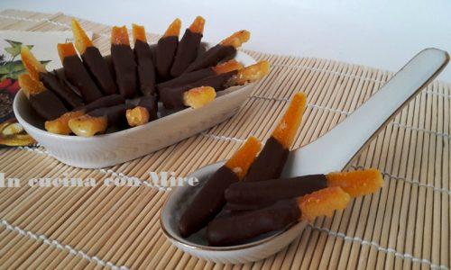 Canditi di arance al cioccolato