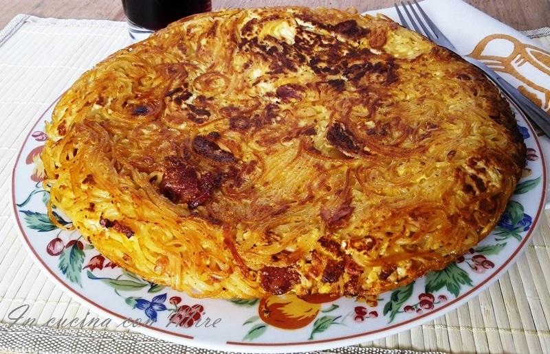 Frittata spaghetti ricotta e salsiccia-Ricetta calabrese